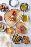 Dagelijkse Kost serveerbord - Bruin - Acacia hout - 15 x 14.5 x 1.5 cm - Maat M